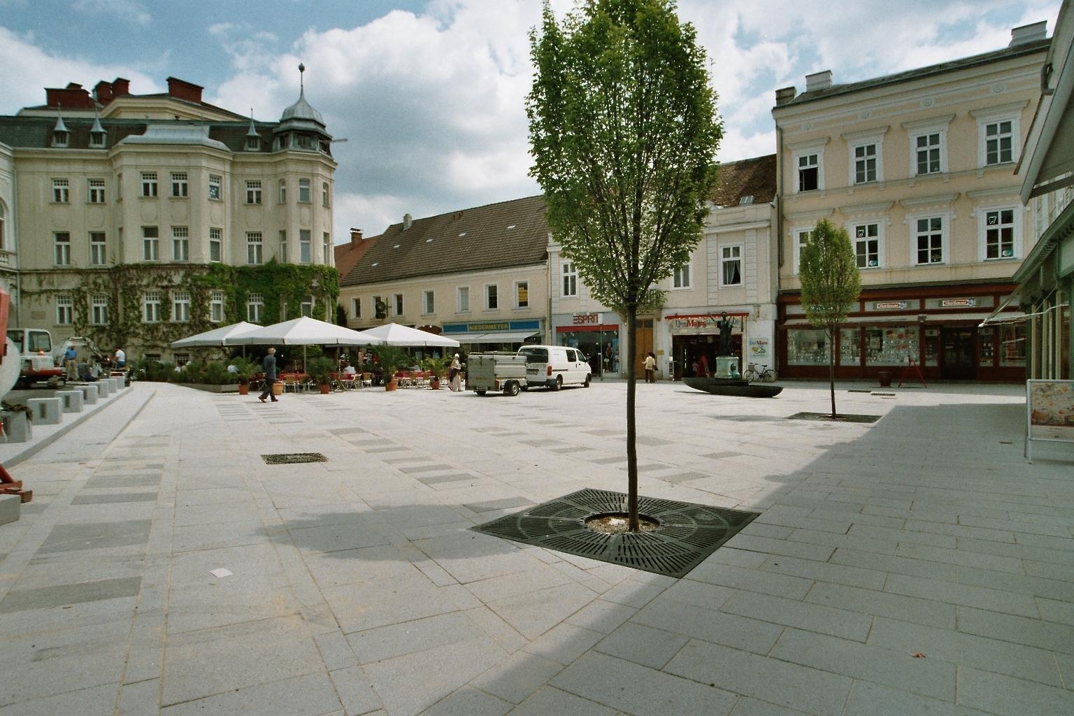 Baden Theaterplatz7