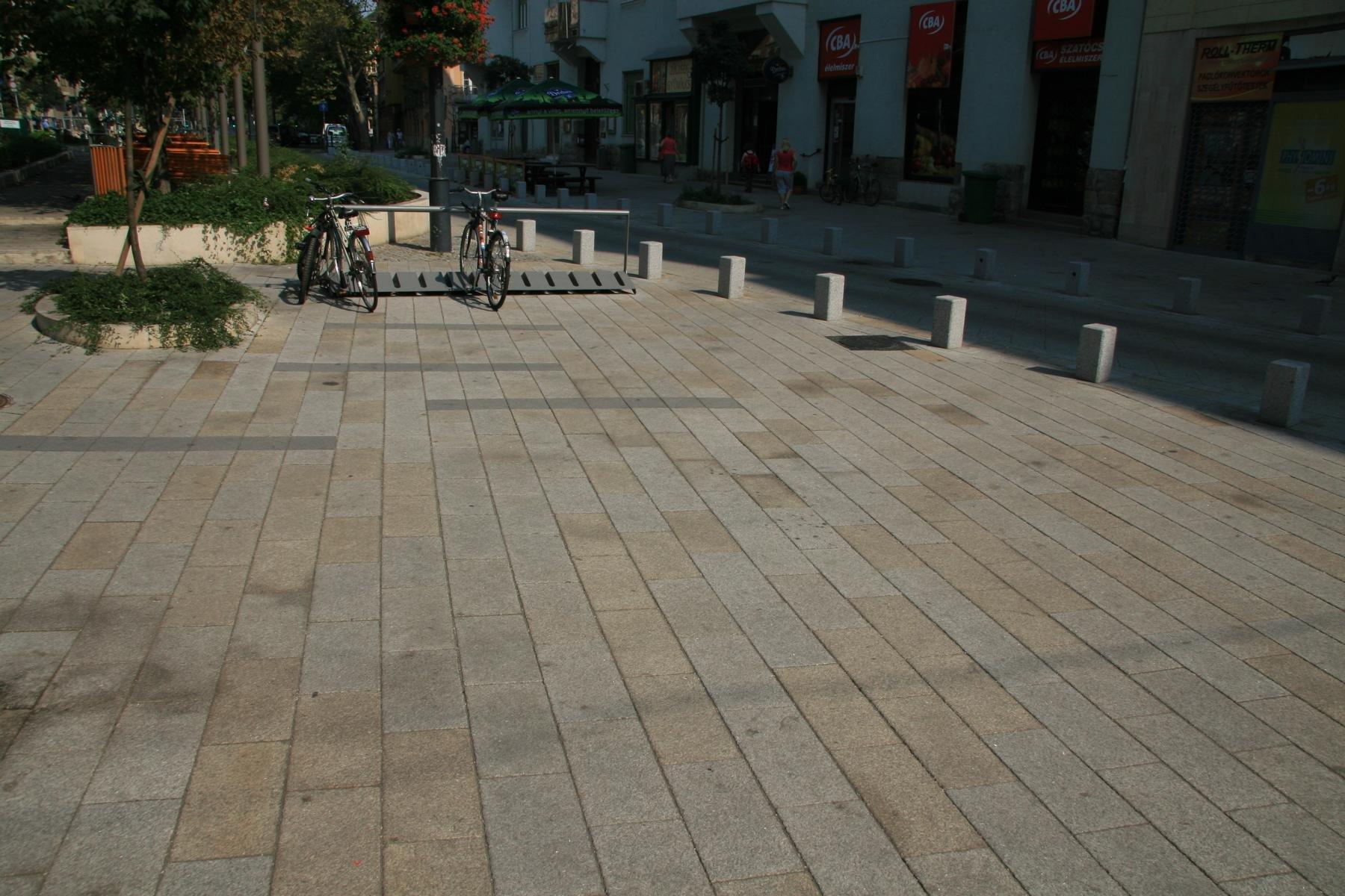 Budapest Gárdonyi Platz11