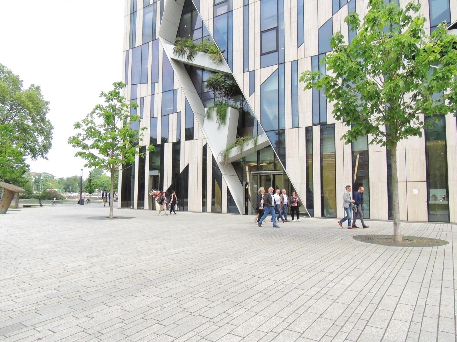 Düsseldorfer Königsallee4