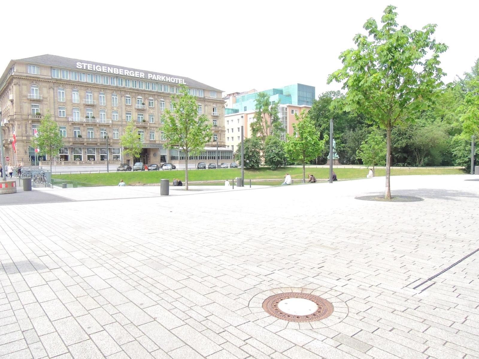 Düsseldorfer Königsallee7