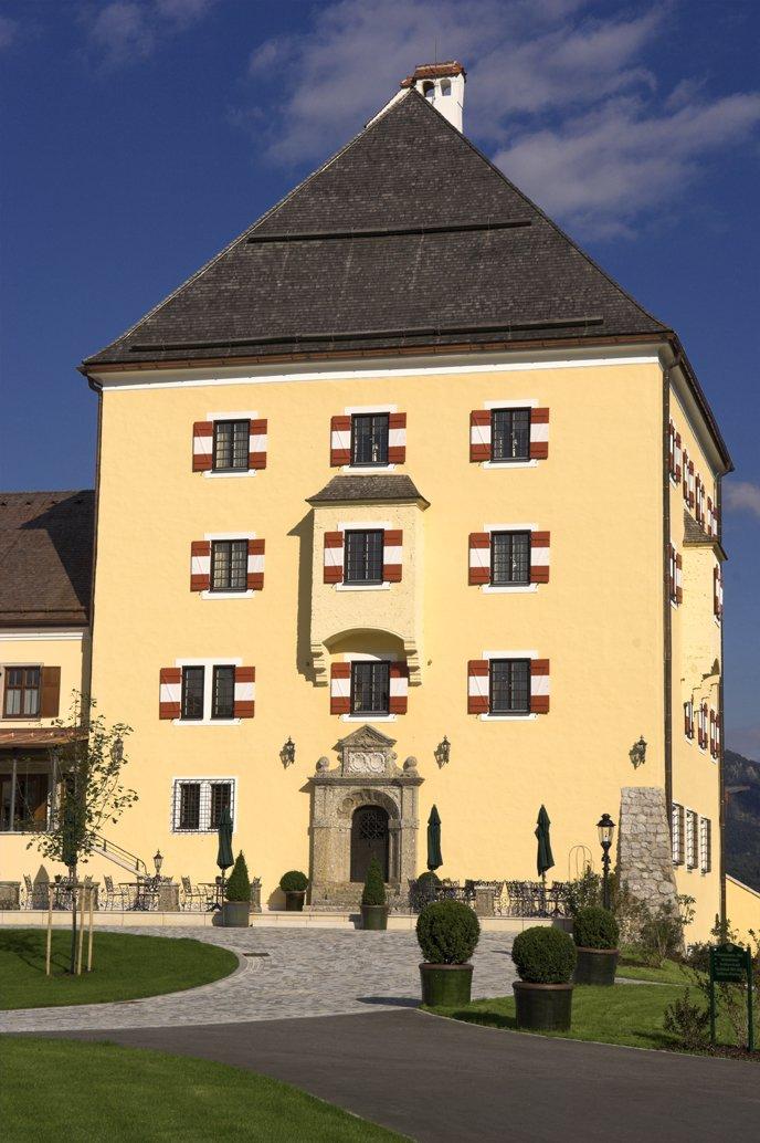 Fuschl Schloss2