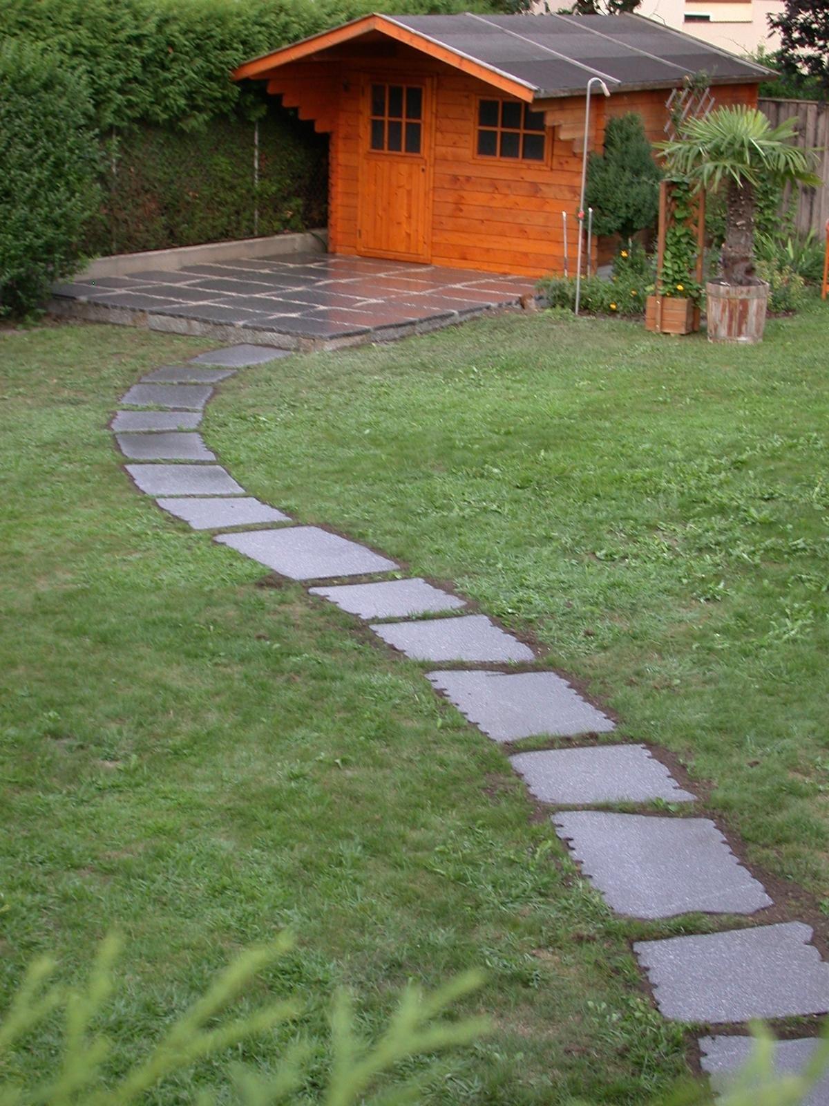 Gebhartser Gartenwegplatten6