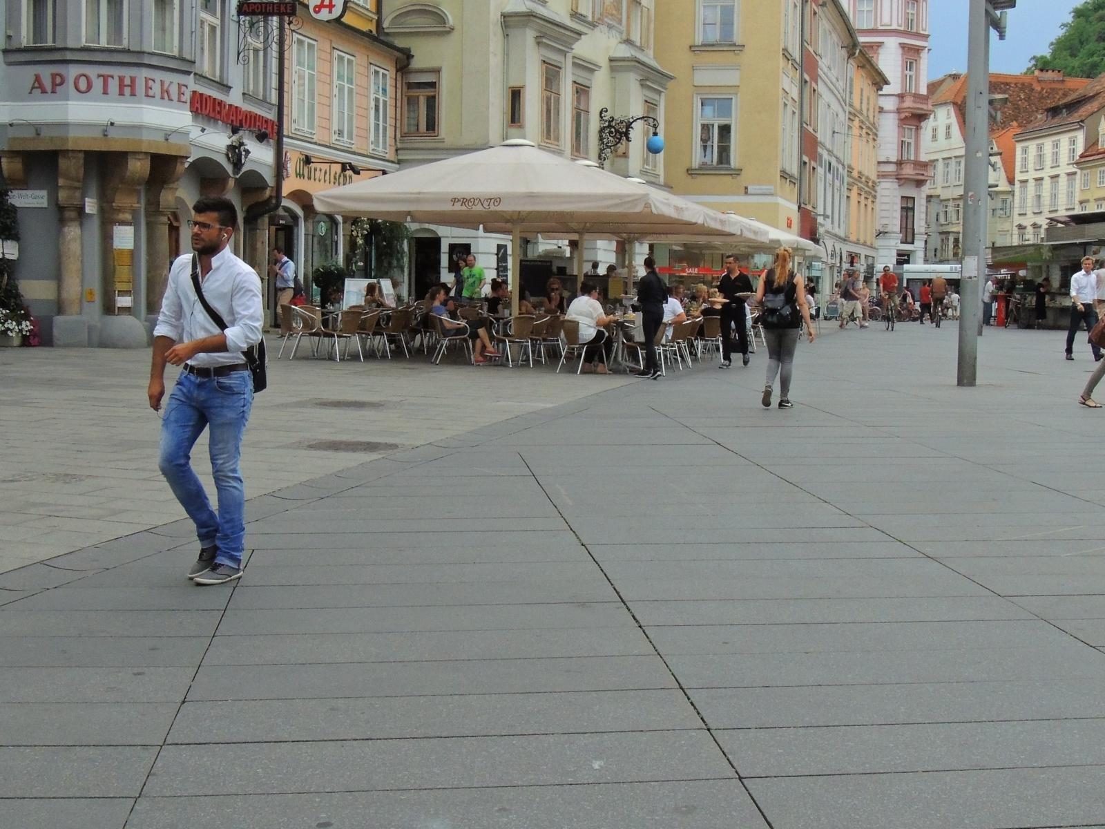 Graz - Hauptplatz10
