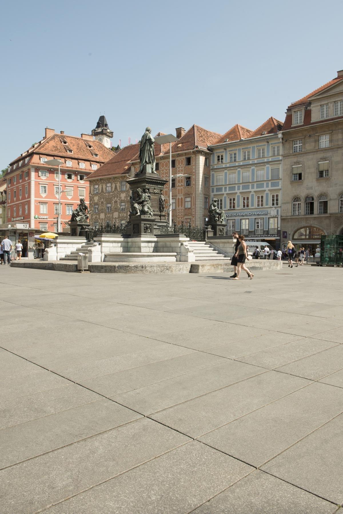 Graz - Hauptplatz6