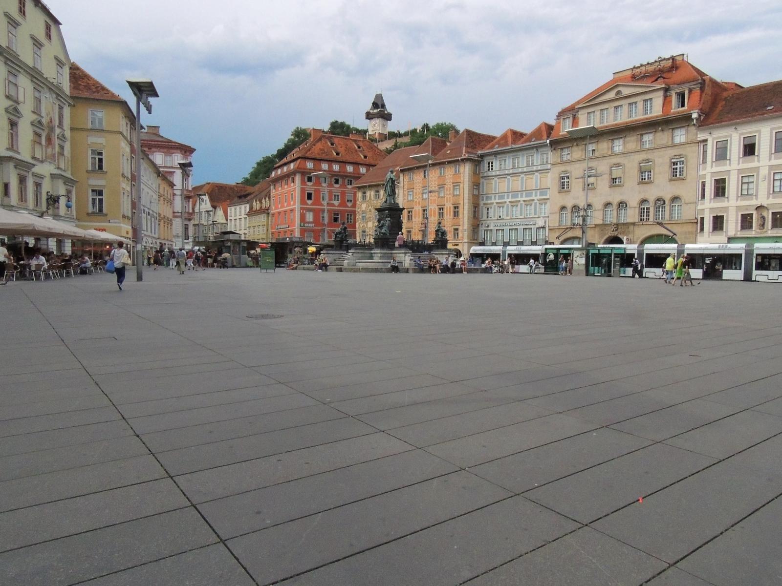Graz - Hauptplatz8
