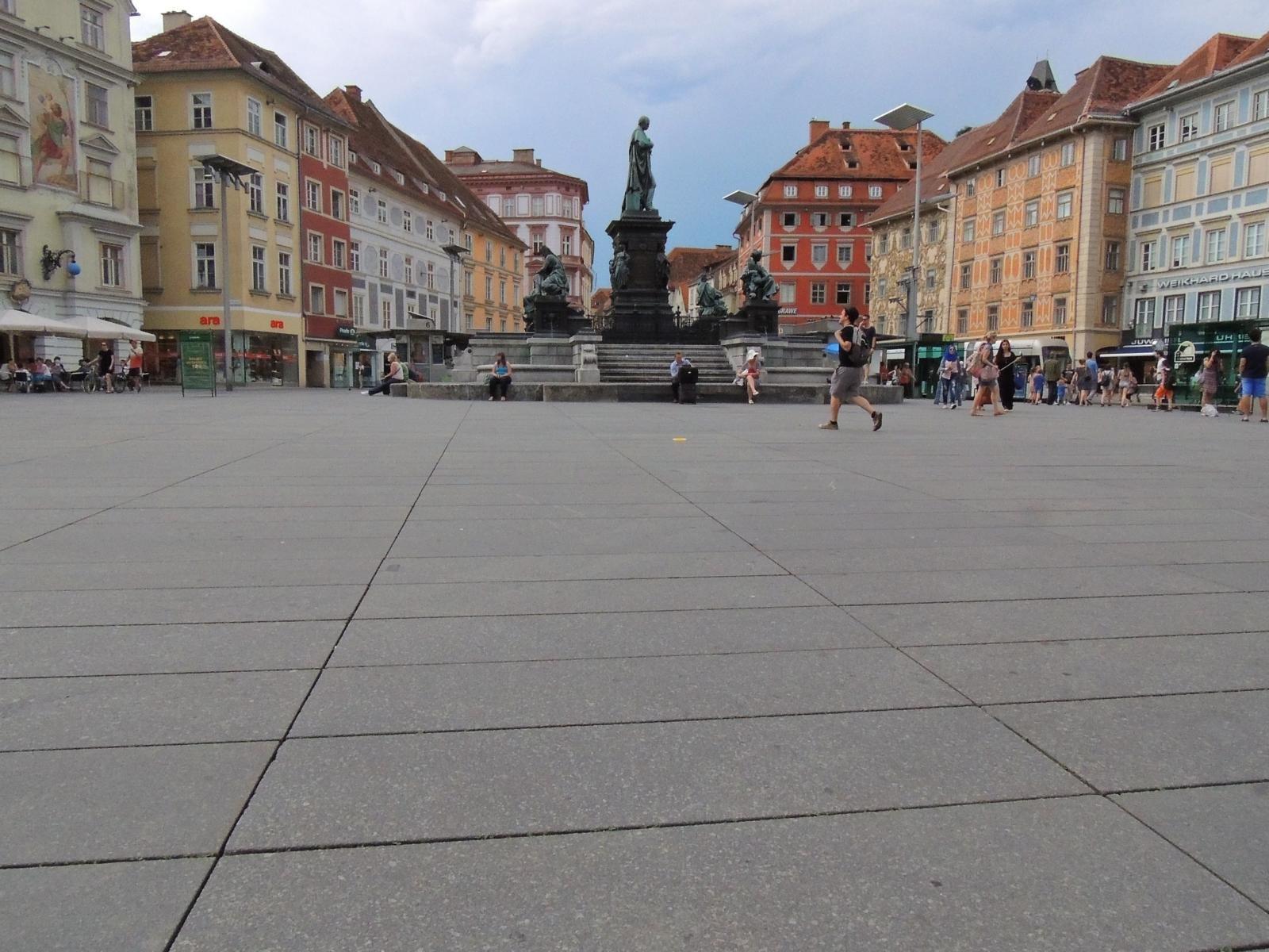 Graz - Hauptplatz9
