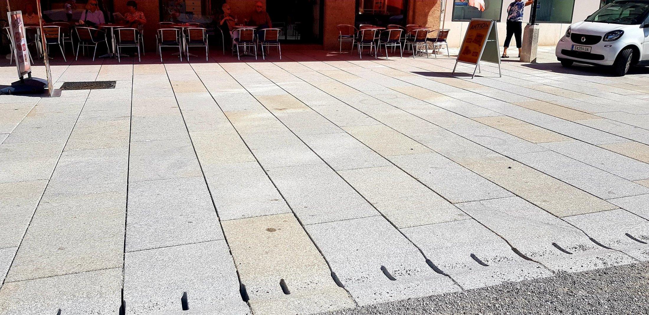 Herschenberger Bodenplatten Grau-gelb7