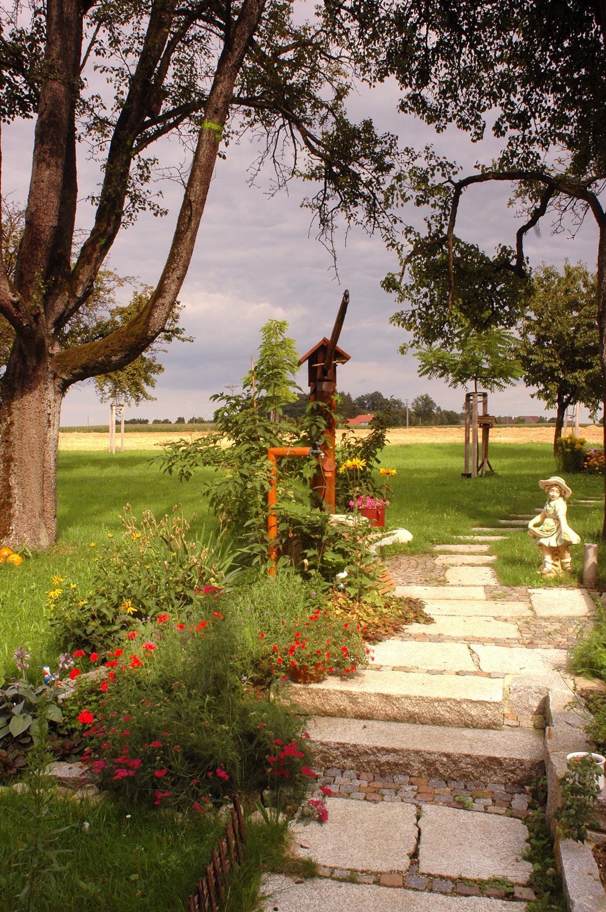 Herschenberger Gartenwegplatten22