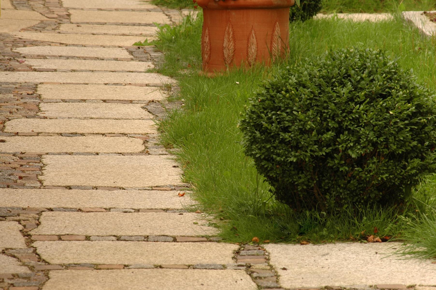 Herschenberger Gartenwegplatten25