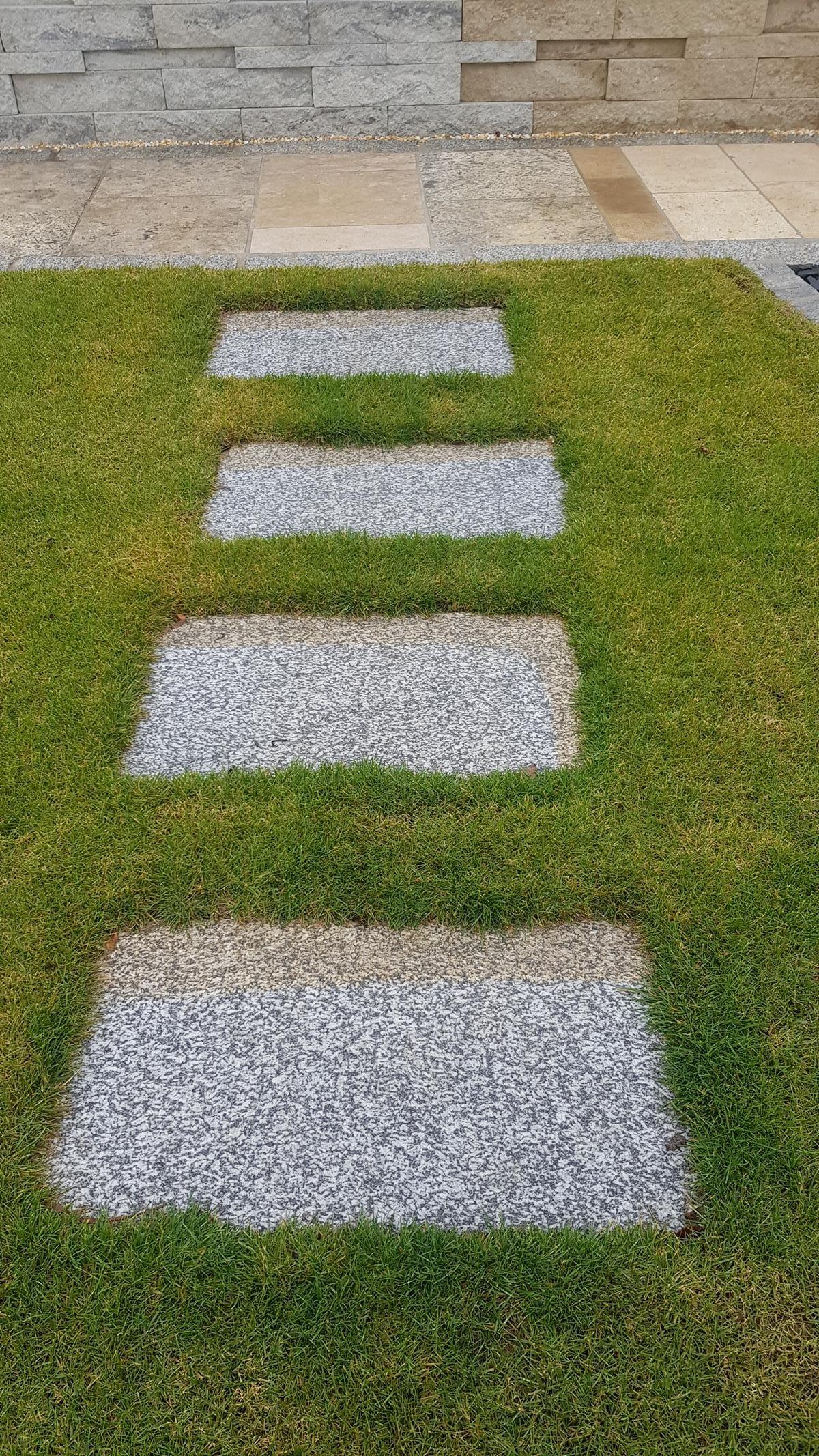 Herschenberger Gartenwegplatten3