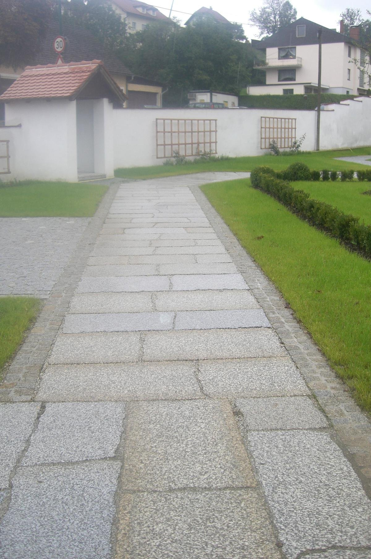 Herschenberger Gartenwegplatten7