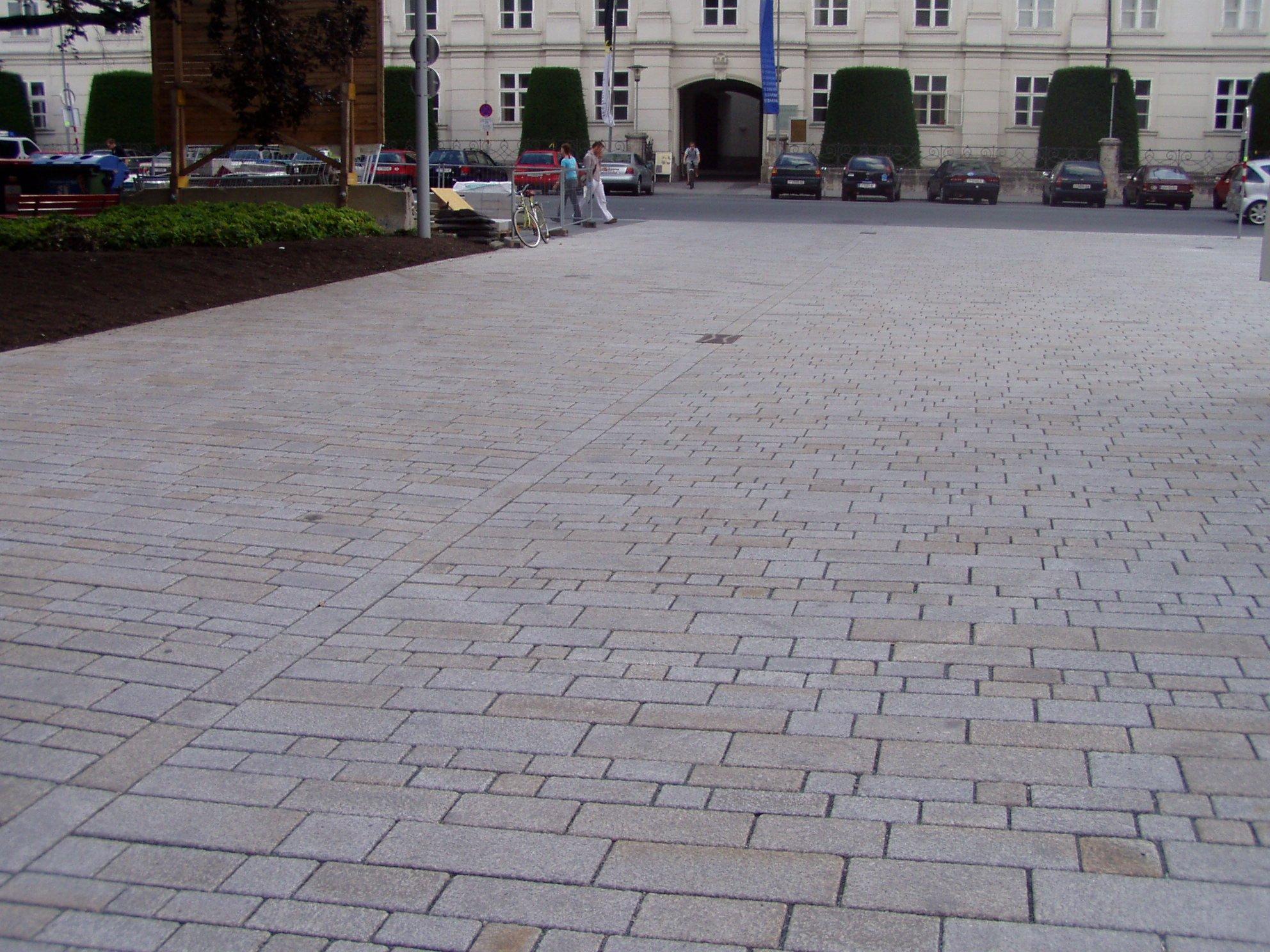 Innsbruck - Rennweg-Landestheater9