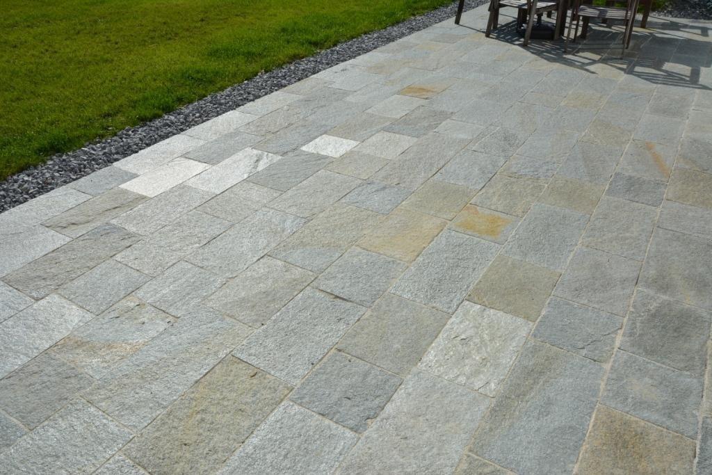 Luserna Gneis Bodenplatten5