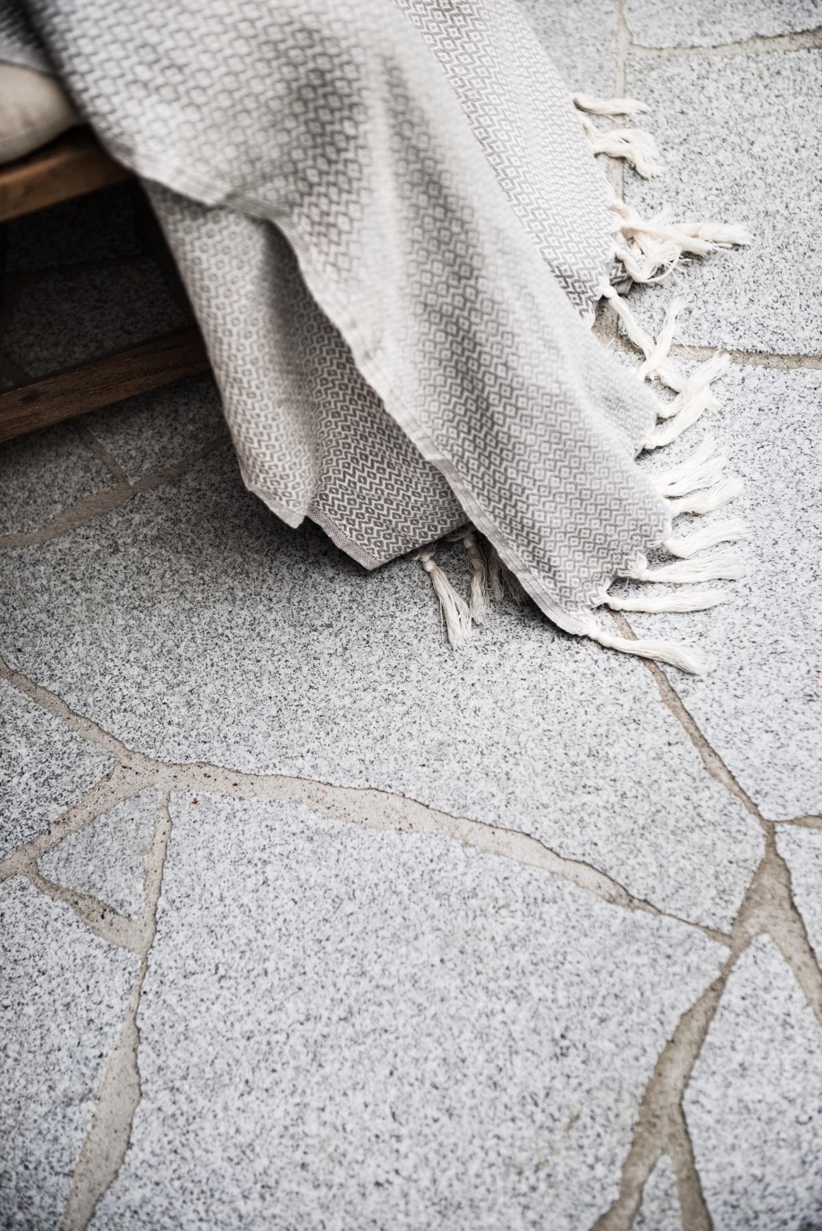 Neuhauser Polygonalplatten1
