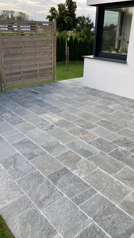 Quarzit Kavalla Bodenplatten Kanten Gesägt (12)