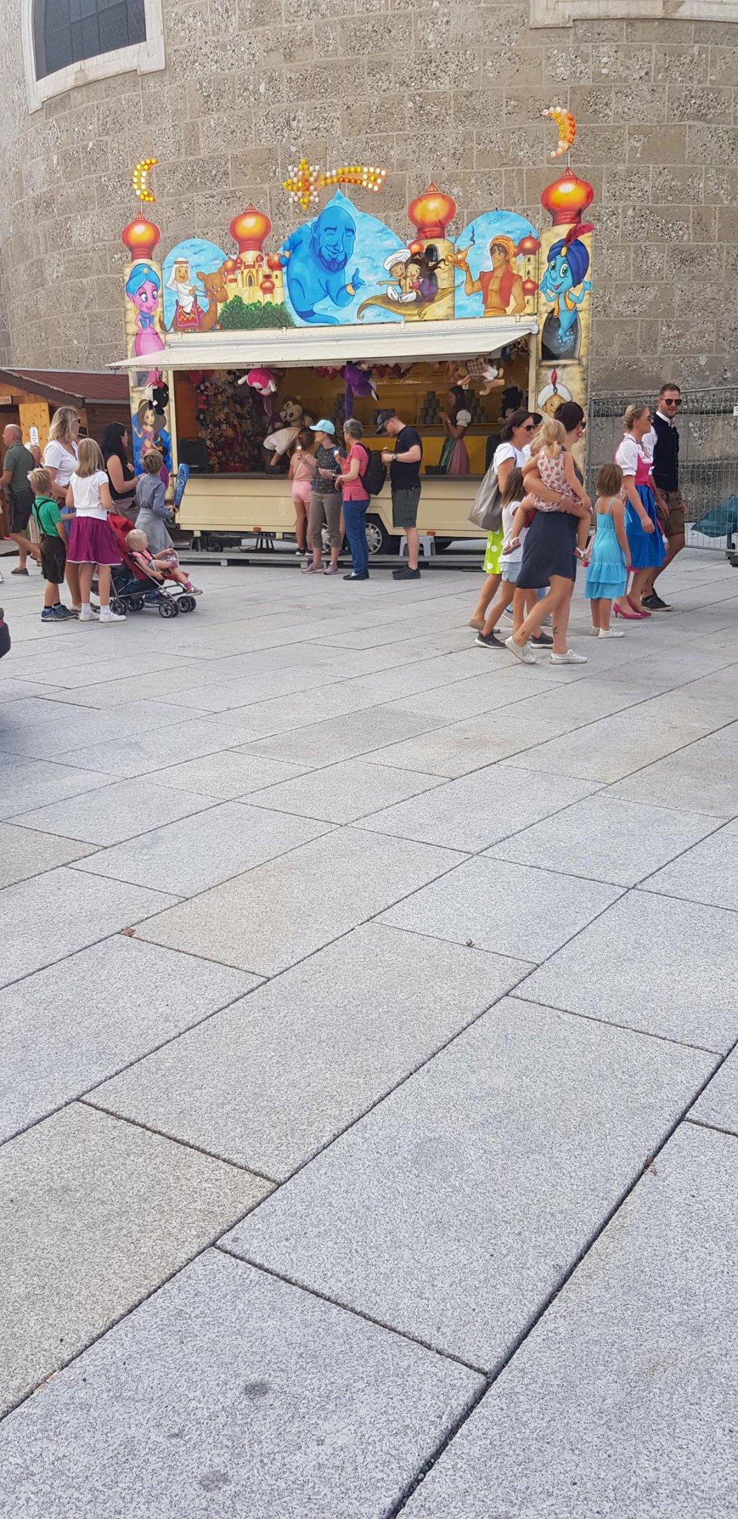 Salzburg - Residenzplatz10