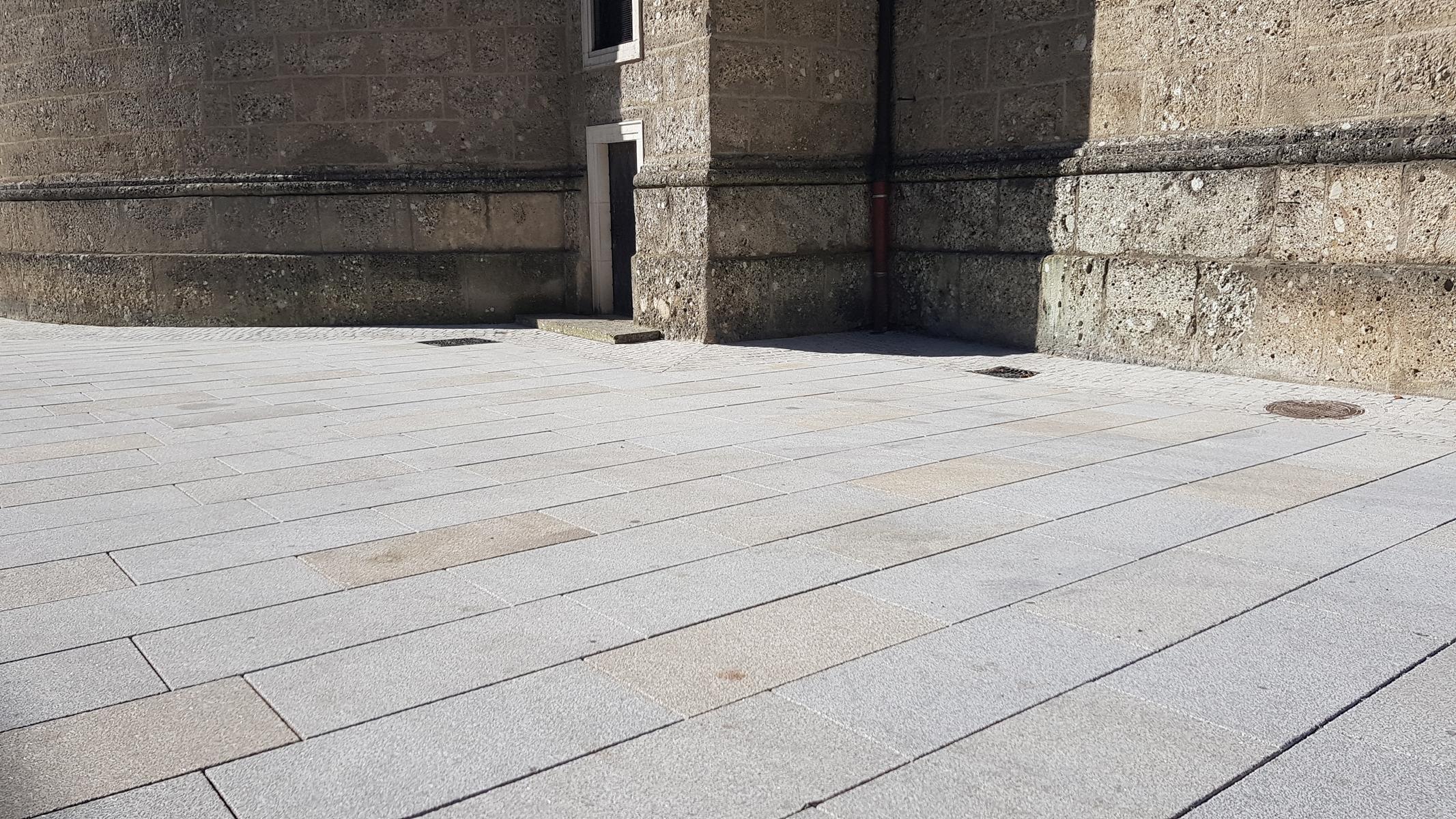 Salzburg - Residenzplatz12
