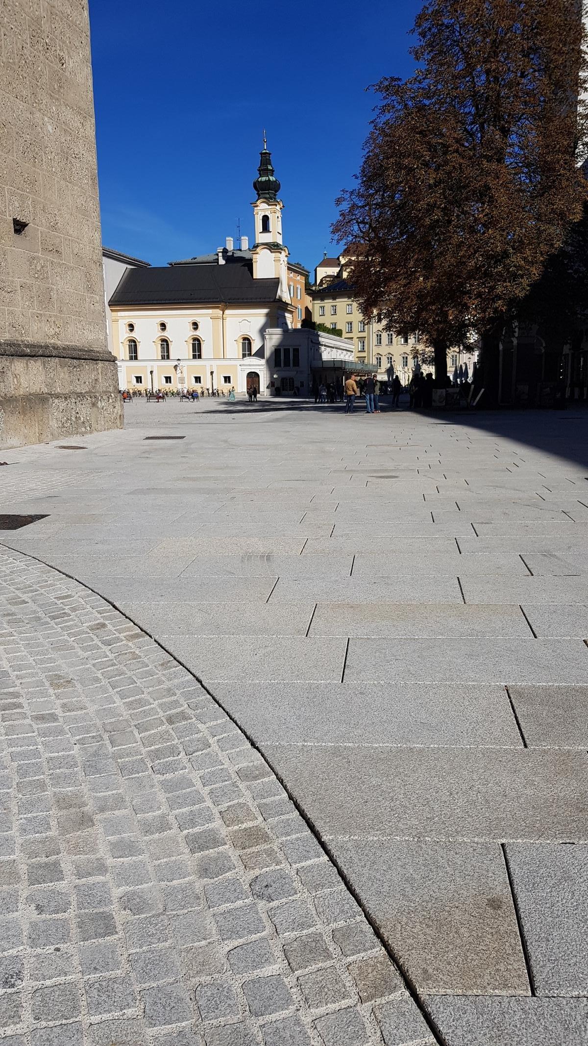 Salzburg - Residenzplatz13