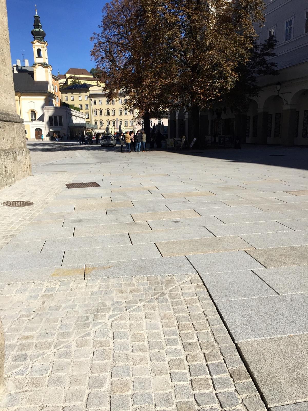 Salzburg - Residenzplatz15