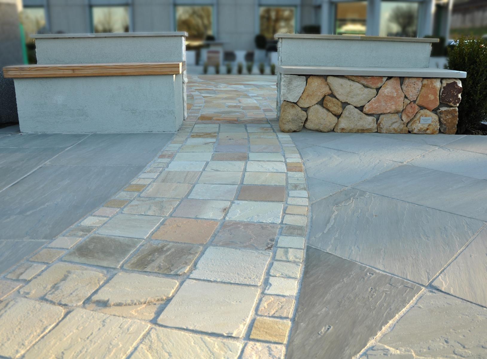 Sandstein Kandla Grey + Mint Bodenplatten