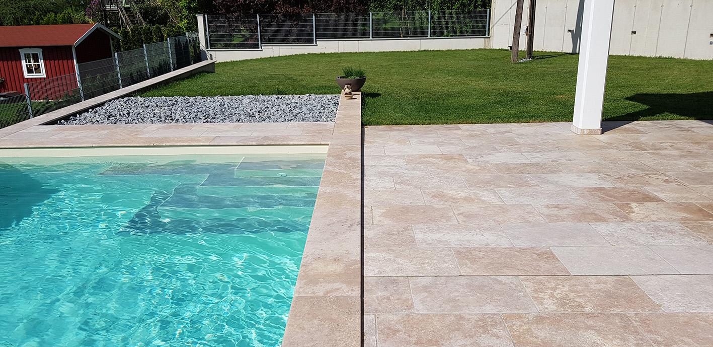 Travertin Mediterana Bodenplatten + Beige Poolumrandung3