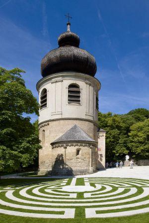 Mödling Kirchenplatz3