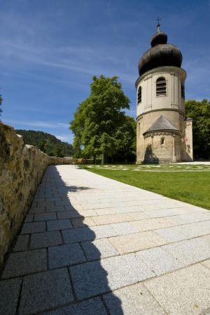 Mödling Kirchenplatz4