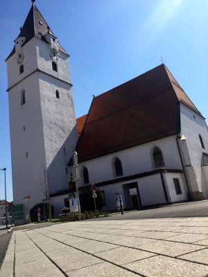 Perg Kirchenplatz
