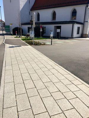 Perg Kirchenplatz1