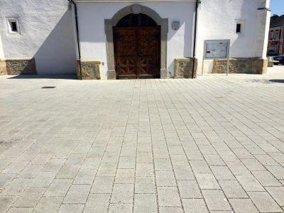 Perg Kirchenplatz2