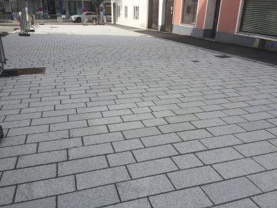 Perg Kirchenvorplatz1