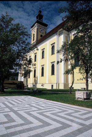 Waldhausen Kirchenplatz7
